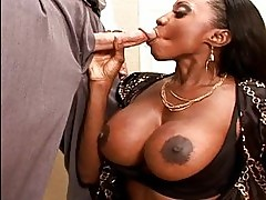 Big boobs chocolate babe sucking and fucking