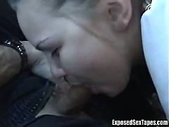 Flexible amateur girl in car with boyfriend gives a good blowjob