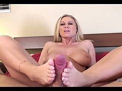 Devon Lee lie on bed and do hard foot job