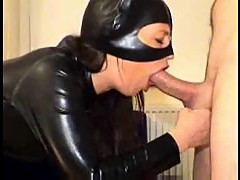 Chick in latex catsuit gives head until he cums