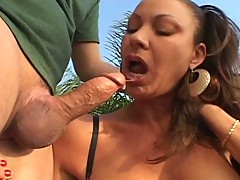 Sexy milf likes it rough in the ass