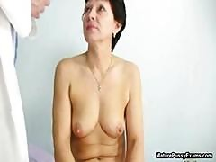 Horny Mature Loves Getting A Check