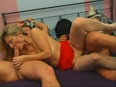 Russian mature lady fucking with 2 younger guys