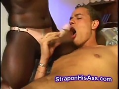 Black horny chick rimjobs white boyfriend ...