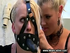 Domina commands her vile bitch to please her
